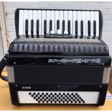 Weltmeister Rubin 60 Bass Piano Accordion 2 voice Right Hand USED